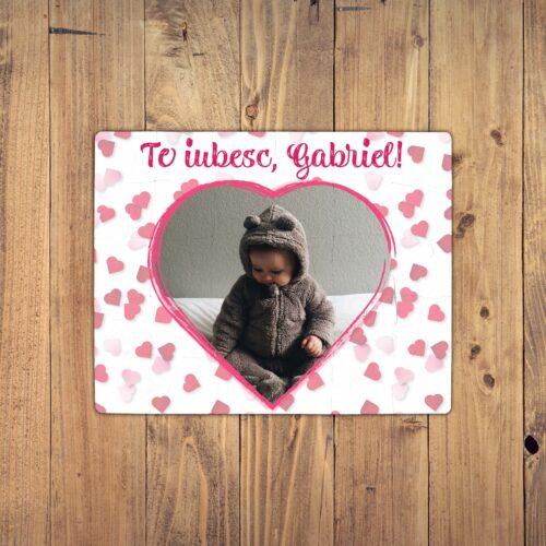 puzzle personalizat cu poza in forma de inima si text